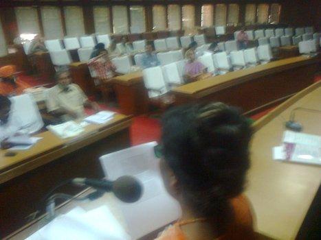 Paper presenting session - English - Senate Hall